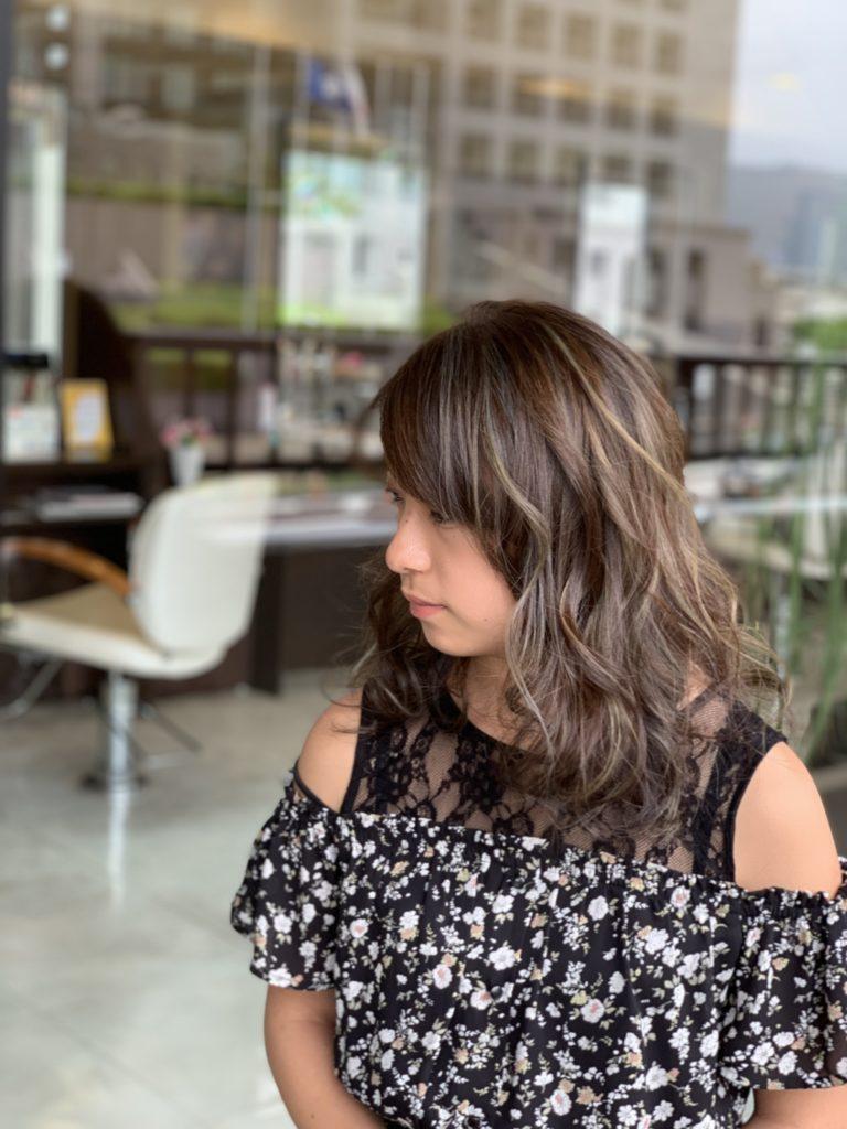 福岡県春日市 美容室 ART of hair アートオブヘアー 外国人風ハイライト(女性 施術例2)