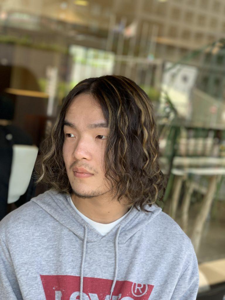 福岡県春日市 美容室 ART of hair アートオブヘアー 外国人風ハイライト (施術例3)