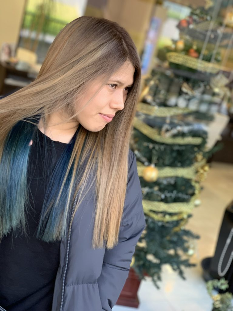 福岡県春日市 美容室 ART of hair アートオブヘアー セクション デザインカラー